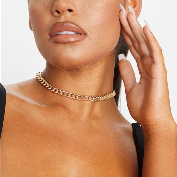 Prettylittlething gold chain choker necklace